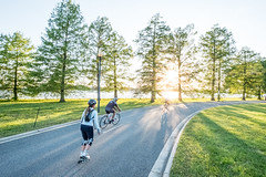 Hains Point (Erinn Shirley) Tags: erinncshirley erinnshirley washingtondc hainspoint cyclist rollerblade sundown