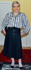 Ingrid024127 (ingrid_bach61) Tags: pleatedskirt faltenrock buttonthrough durchgeknöpft blouse