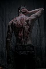 IMG_4720 (m.acqualeni) Tags: acqualeni modèle homme man manuel jose esteves sang psycho blood art alternativ alternatif gore horror nu fond noir couteau knife dark fetiche fetichiste sm