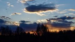 Valborg (henkeiP) Tags: fire eld moln clouds internationalen sky sunset sundown solnedgång majbrasa ellerinte whoknows