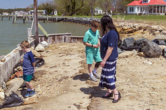 Brian_Family Pics Hoopers Island 23_041617_2D (starg82343) Tags: 2d brianwallace hoopersisland pose portrait family easter2017 group water chesapeake easternshore