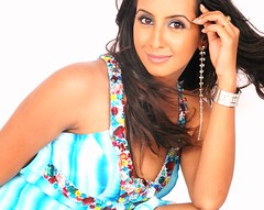South Actress SANJJANAA Hot Exclusive Sexy Photos Set-25 (19)