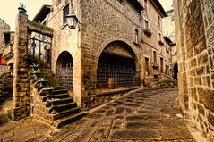 Viterbo S. Pellegrino (sirVictor59) Tags: sirvictor59 viterbo lazio italy italia italiamedievale nikon 1020mm medieval strada architecture architettura