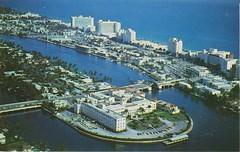 ** Miami Beach (Fla) USA ** - 1 (Impatience_1 (peu...ou moins présente...)) Tags: miamibeach florida usa océanatlantique atlanticocean allisonisland stfrancishospital 1961 cartepostale postcard numérisée scanned impatience explore explorer xplor