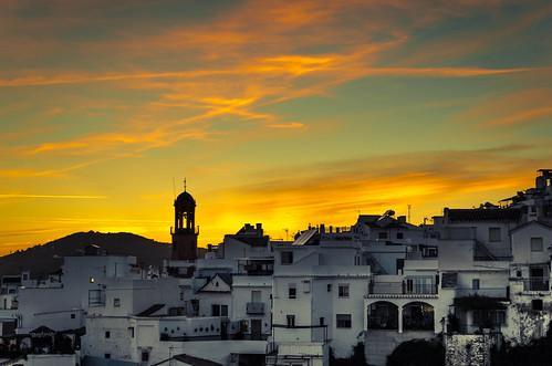 another competa golden sunset