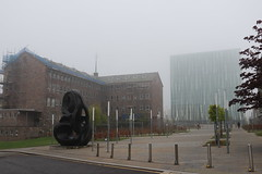 Fog in the City,Duncan Rice Library,Elphinstone Road,Old Aberdeen_may 17_122 (Alan Longmuir.) Tags: oldaberdeen elphinstoneroad sirduncanricelibrary universityofaberdeen grampian aberdeen fog foginthecity