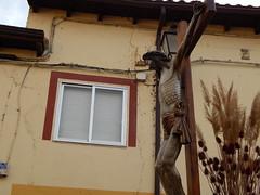 Crucified (amgirl) Tags: mansilladelasmulas maundythursday april13 2017 day15 semanasanta holyweek spain meseta abril april caminodesantiago procession juevessanto