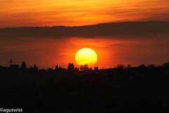 Clouds pretend a second horizon during sunset (aguswiss1) Tags: cloudspretendasecondhorizonduringsunset sunset sunrise sun cloud sky himmel wolken sonnenuntergang sonnenaufgang gününeniyisi thebestofday