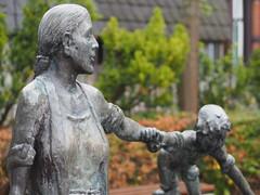 Wassermann Brunnen (michaelmueller410) Tags: osterode am harz brunnen fountain bronze figure figurine statue plastik 37520 bronzestatue