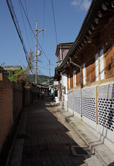 IMG_6750_RAW (jeremy!) Tags: seoul korea southkorea canoneosrebelt1i canon1740mm yeongeondong 연건동