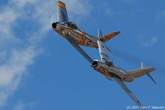 Planes of Fame Air Show 2017 - Mikoyan-Gurevich MiG-15bis and North American F-86F Sabre (g_takeuchi) Tags: planesoffame airshow 2017 chino california cno kcno airport warbird warbirds airplane airplanes plane planes aircraft jet fighter soviet russian vintage koreanwar war mikoyangurevich mig15bis mig mig15 91051 nx87cn northamerican f86f f86 sabre 525012 n186am flying flight flyable airworthy formation n87cn ca dsc9731c aviation aeroplane aeroplanes airdisplay