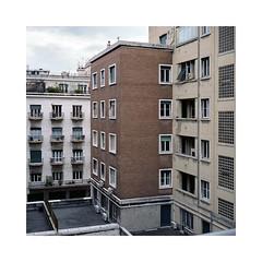 (roberto_saba) Tags: mediumformat 6x6 120 400 mamiya mamiya6 urban urbanlandscape 75mm f35 ブローニー genova fujicolor fujifilm fuji 400h