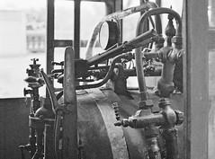 Locomotive (vieira.de.carvalho) Tags: train steam locomotive nikomat ft2 ilford xp2 drumscanner dts1030ai wetmount