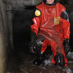 Viking-Kanal1645 (Kanalgummi) Tags: underground sewer exploration rubber drysuit trockenanzug gummianzug worker égoutier kanalarbeiter diver taucher