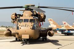 Petrel (Cataphract) Tags: 027 042 109squadron 114squadron 117squadron 313 aircraft barak ch53 f16c f16d helicopter independenceday israeliairforce lockheedmartin ramatdavid sikorsky yasur jezreelvalley northdistrict israel