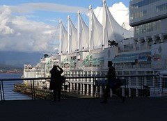 Canada Place Shadows Vancouver 20170420_175450 (CanadaGood) Tags: canada britishcolumbia bc vancouver downtown cameraphone building burrardinlet canadaplace people person sea 2017 thisdecade canadagood colour color white green