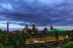 Wolken über dem LaPaDu (Jörgenshaus) Tags: deutschland nrw ruhrgebiet dueisburg lapadu blauestunde night verlauffilter haida gnd 09