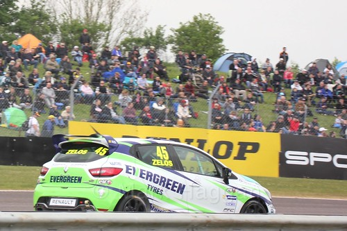 Dan Zelos racing in the Clio Cup at Thruxton, May 2017