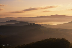Tuscany spring (Agrippino Salerno) Tags: cretesenesi italy tuscany farmhouse agrippinosalerno canon manfrotto hills fog misty beautiful clouds colors sky dawn morning early