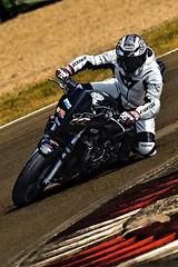 HONDA (driver Photographer) Tags: 摩托车,皮革,川崎,雅马哈,杜卡迪,本田,艾普瑞利亚,铃木, オートバイ、革、川崎、ヤマハ、ドゥカティ、ホンダ、アプリリア、スズキ、 aprilia cagiva honda kawasaki husqvarna ktm simson suzuki yamaha ducati daytona buell motoguzzi triumph bmv driver motorcycle leathers dainese