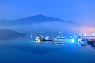 Serene Night at Sun Moon Lake明潭夜色