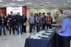 Dalton Pastore fala para o público formado por convidados, articulistas e alunos do curso de Jornalismo da ESPM