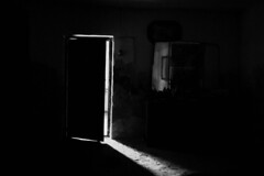 is there anybody out there? (kchocachorro) Tags: photography photographer phothoart photo bnw blackandwithe blancoynegro fotografia fotografo