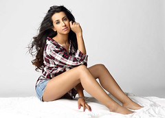 South Actress Sanjjanaa Hot Exclusive Sexy Photos Set-24 (1)