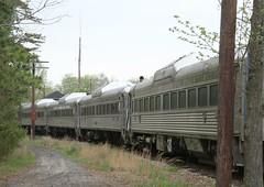 Budd cars at Tuckahoe (kitmasterbloke) Tags: tuckahoe nj usa jersey railroad tourist iutdoor transport diesel locomotive train