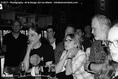 2017 Bosuil-Het publiek bij The Bluesbones en Dan Patlansky 13-ZW