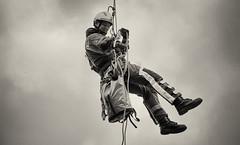 Höhenretter (CA_Rotwang) Tags: feuerwehr firefighter bochum germany deutschland stiefel boots uniform nrw ruhrgebiet hilfe rettung seil sicherheit safety