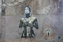 Déco hétéroclite (Pi-F) Tags: mur art peinture graffiti femme tag toutânkhamon scream paris
