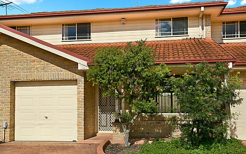6/6 Bunbury Rd, Macquarie Fields NSW 2564