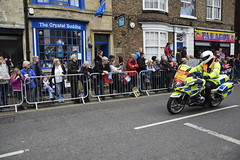 Tour De Yorkshire Stage 2 (548) (rs1979) Tags: tourdeyorkshire yorkshire cyclerace cycling policemotorbike policemotorbikes tourdeyorkshire2017 tourdeyorkshire2017stage2 stage2 knaresborough harrogate nidderdale niddgorge northyorkshire highstreet