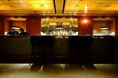 Restaurant bar (A. Wee) Tags: cathaypacific thepier firstclass airport lounge hkg hongkong 国泰航空 香港 机场 中国 china bar 餐厅 restaurant