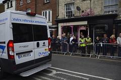 Tour De Yorkshire Stage 2 (721) (rs1979) Tags: tourdeyorkshire yorkshire cyclerace cycling ambulance tourdeyorkshire2017 tourdeyorkshire2017stage2 stage2 knaresborough harrogate nidderdale niddgorge northyorkshire highstreet