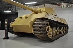 Sd.Kfz 182 Panzerkampfwagen VI Ausf B Henschel pre-production (Richard.Crockett 64) Tags: sdkfz182 panzerkampfwagen vi ausfb tigerii vk4503 königstiger pzkpfwtigerausfb kingtiger royaltiger tank armouredfightingvehicle militaryvehicle henschel preproduction germanarmy wehrmacht ww2 worldwartwo bovingtontankmuseum bovington dorset 2017