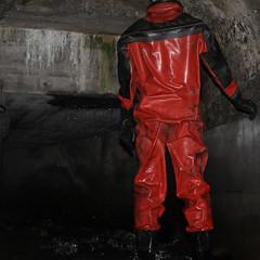 Viking-Kanal1625 (Kanalgummi) Tags: underground sewer exploration rubber drysuit trockenanzug gummianzug worker égoutier kanalarbeiter diver taucher