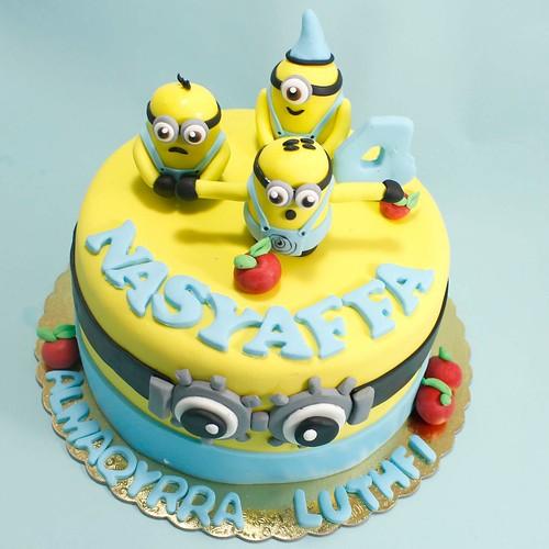 Cake Ulang Tahun Karakter Minions Yang Keren Jakarta A