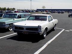 1967 Pontiac Le Mans Convertible (Crown Star Images) Tags: automobile auto automobiles automotive car cars auctionsamerica auburnauctionpark convertible droptop ragtop