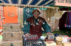 Marin Artists Showcase (beppesabatini) Tags: carnevalefantastico2017 carnevalefantastico bluerockspringspark vallejo california renaissancefairs italianrenaissance avalonthemedevents historicalrecreation wwwcarnevalefantasticocom
