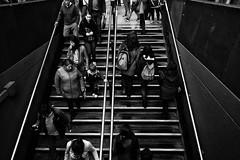 Up and down (Jaime Recabal) Tags: canon 40d recabal metro trensubterraneo acceso escala gente baja sube monochrome blackandwhite blancoynegro estacionsantalucia canon1018mm people 2017