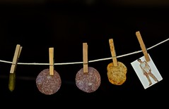 A Pickle, Two Slices of Salami, a BBQ Potato Chip and Elvis on a Clothes Line (ricko) Tags: clothesline pickle salami potatochip elvis refrigeratormagnet clothespins werehere 135365 2017