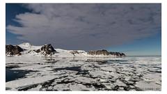 When the sun goes up (Mirko Daniele Comparetti) Tags: sj svalbard acqua arctic artico expedition ghiaccio ice mare neve ocean oceano sea snow spedizione spedizionearticasvalbard2017 water web