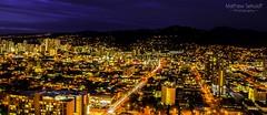 Honolulu by Night (matt_sekuloff) Tags: honolulu oahu hawaii hawai city ciudad lights luces traffic trafico edificios buildings night noche evening mountain montana hill travel viajar