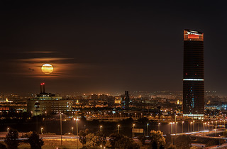 Moonrise and new Skyline of Seville
