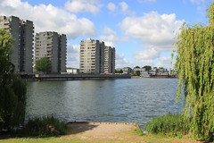 Southmere Lake (Tristan Earl) Tags: southmerelake london thamesmead water brutalist architecture tower aclockworkorange misfits