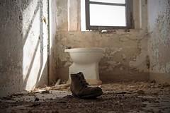 The Gold Rush / Abandoned farmhouse (Cristianella) Tags: charlie chaplin goldrush abandoned farmhouse abbandonata casa colonica scarpa shoe toilet bagno