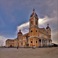 Catedral de Granada (Travicted Photography) Tags: travel centralamerica centroamerica nicaragua granada catedraldegranada church catedral iglesia