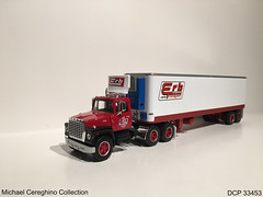 Diecast replica of Erb Transport Ford L9000 Daycab, DCP 33453 (Michael Cereghino (Avsfan118)) Tags: dcp diecast die cast promotions promotion 33453 erb transport model replica toy truck semi 164 scale